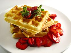 250px-Waffles_with_Strawberries